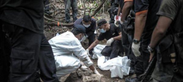 Μαλαισία: 139 τάφοι μεταναστών εντοπίστηκαν σε καταυλισμό διακινητών στη ζούγκλα