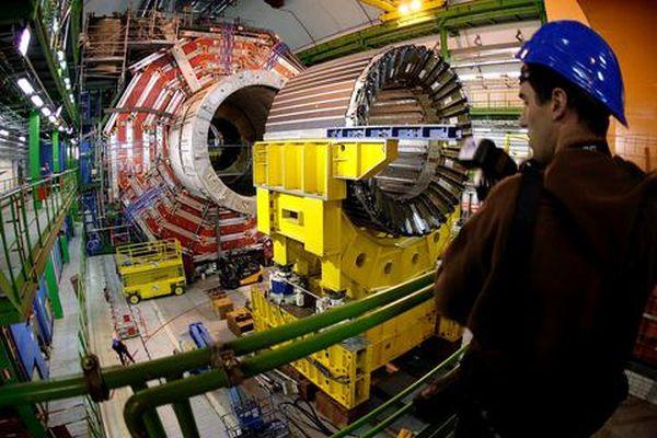 Αρχίζουν αύριο οι κανονικές συγκρούσεις σωματιδίων στο CERN