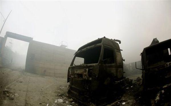 Για μέρες θα εισπνέουμε τοξικό νέφος από τη φωτιά στον Ασπρόπυργο