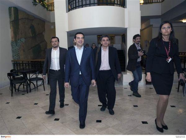 Φήμες για ματαίωση της συνάντησης Τσίπρα με Μέρκελ-Ολάντ σε Βρυξέλλες