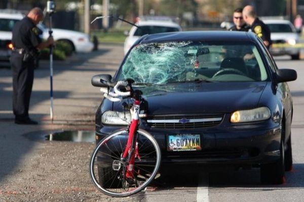 Ποδήλατο με αδέρφια συγκρούστηκε με ΙΧ  έξω από την Αγιά