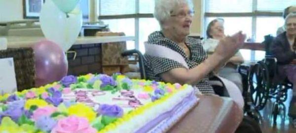 Γιαγιά 100 χρονών σοκάρει: Το μυστικό της μακροζωίας μου είναι το αλκοόλ