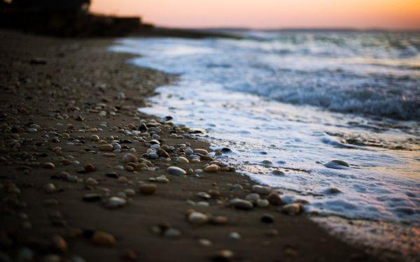Κατάλληλο για κολύμβηση το νερό στις παραλίες Αλμυρού