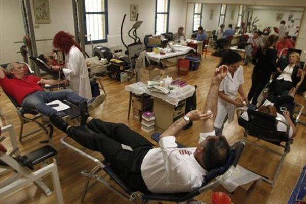 ΕΔΕ για τη βράβευση της ΧΑ από το τμήμα αιμοδοσίας στο νοσοκομείο Κατερίνης