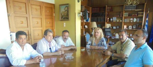 Συνάντηση με εκπροσώπους των Ρομά για τις άδειες υπαίθριου εμπορίου