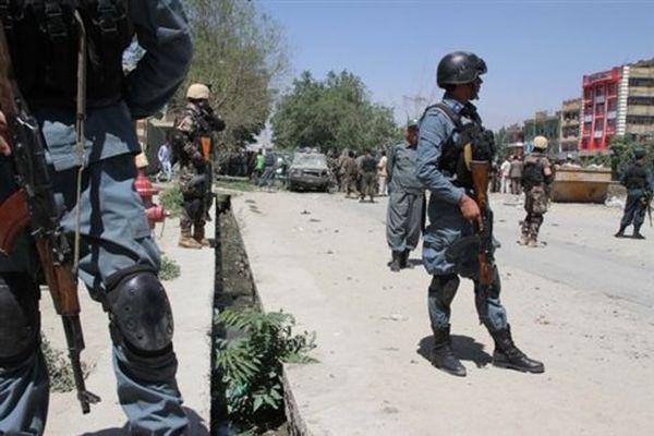 Ισχυρή έκρηξη και πυροβολισμοί έξω από το αφγανικό Κοινοβούλιο