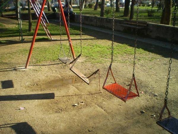 Ανακατασκευάζεται η παιδική χαρά στη Ν. Αγχίαλο με νέες προδιαγραφές