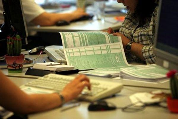 Τροπολογία για τις δόσεις του φόρου εισοδήματος και το Ε9