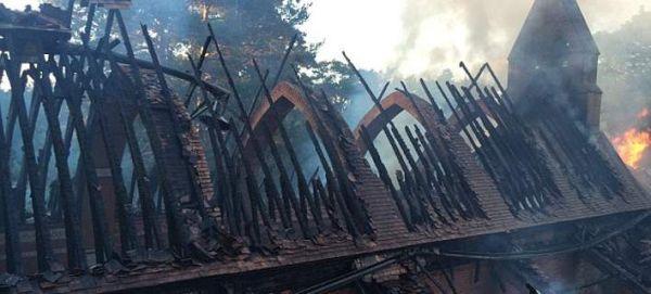 Βρετανία: Εκαψαν διατηρητέα εκκλησία 200 ετών