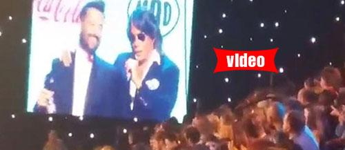 «Έδωσε ρέστα» με τις ατάκες του ο Ψινάκης στη σκηνή των Mad VMA!