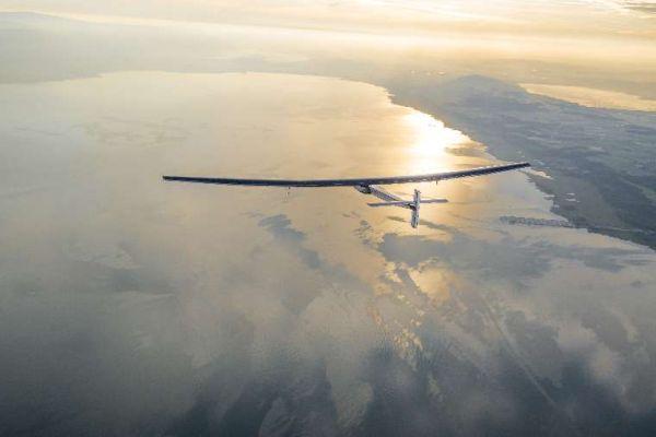 Καταρρίφθηκε το παγκόσμιο ρεκόρ ατομικής πτήσης (εικόνες)