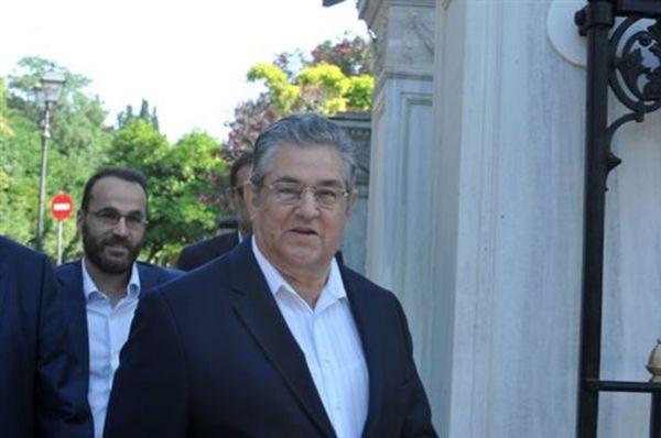 Δ.Κουτσούμπας: Εις βάρος του λαού είτε μνημόνιο, είτε Grexit