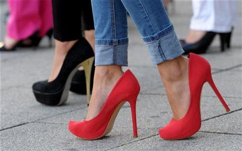 Τα ψηλοτάκουνα παπούτσια προκαλούν νευρίνωμα του Morton