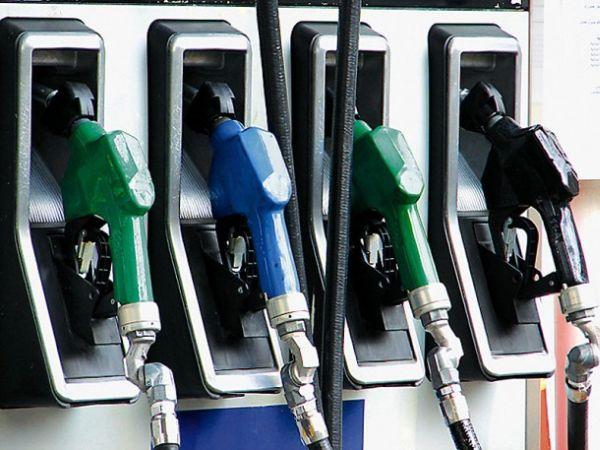 Μείον 50% στη ζήτηση καυσίμων ~ Δεν κινείται φύλλο το βράδυ στα πρατήρια