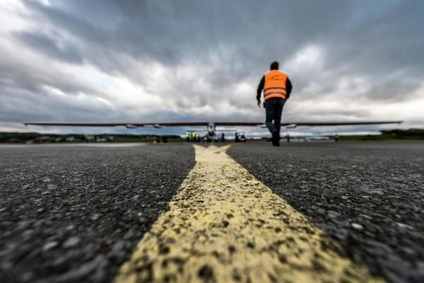 Κάηκαν οι μπαταρίες του Solar Impulse 2