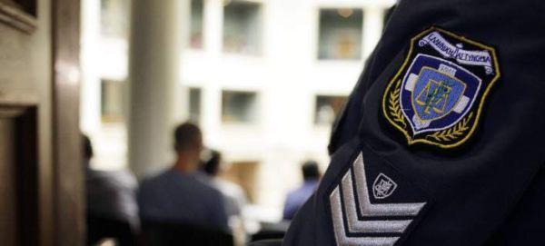 Ηράκλειο: Επιχείρησαν να λιντσάρουν 78χρονο - Κατηγορείται για αποπλάνηση ανηλίκων