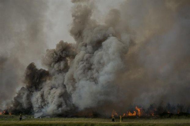 Καλιφόρνια: Εκκένωσαν τα σπίτια τους 13.000 άνθρωποι λόγω πυρκαγιών