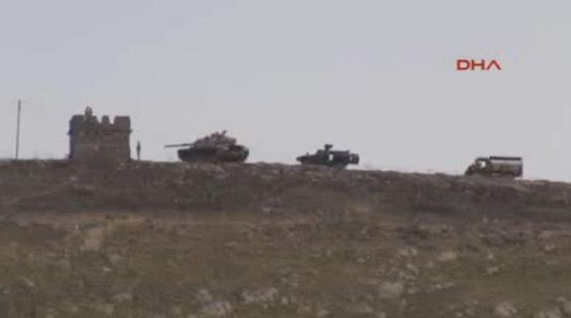 Φωτογραφίες: Ξεκίνησε η ανάπτυξη τουρκικών αρμάτων μάχης στα σύνορα με τη Συρία
