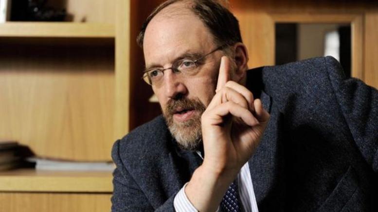 Ο Γκαλμπρέιθ έχει αρχεία με συζητήσεις για το plan B; Τι είπε στο Spiegel