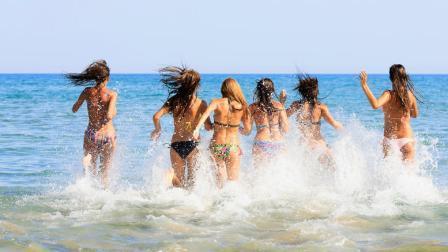 Αυτή είναι η καλύτερη χρονιά για διακοπές στην Ελλάδα