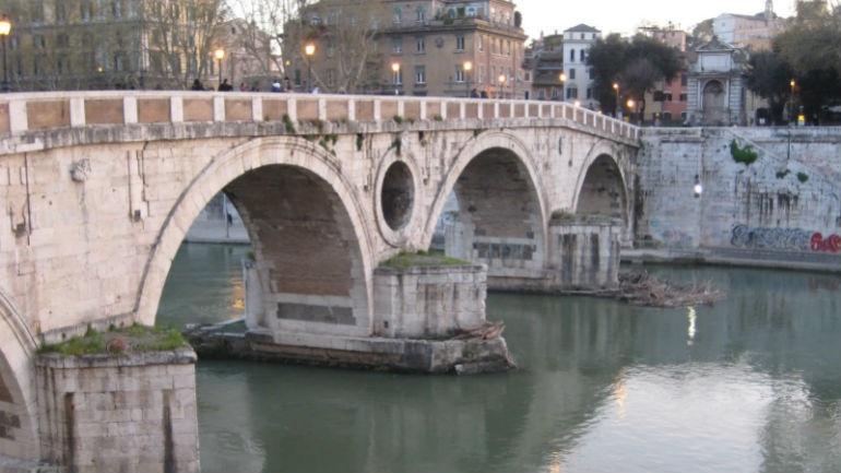 Ρώμη: Βρέθηκε κομμένο πόδι με τη φράση «Ωραία μέρα για να πεθάνεις»