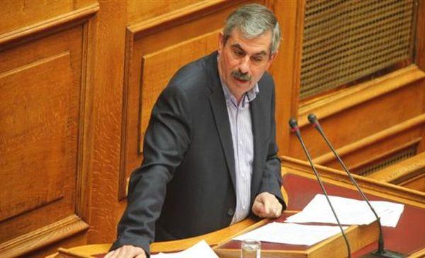 Πετράκος: Δεν έχουμε σκοπό να «ρίξουμε» την κυβέρνηση