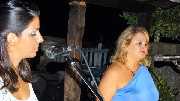 Συναυλία στην αυλή του Πολιτιστικού Κέντρου στον Αγιο Γεώργιο Νηλείας