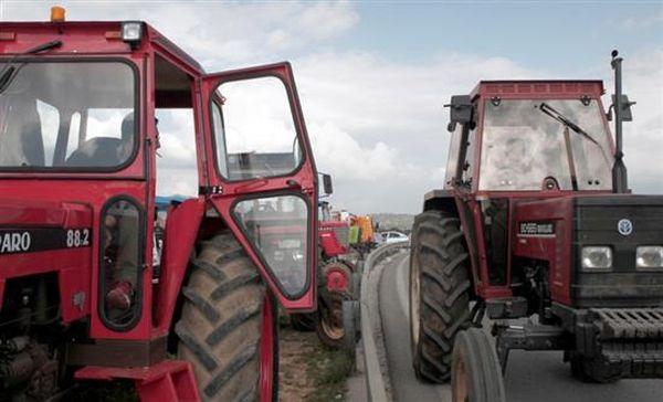 Διαμαρτυρία αγροτών στο Αίγιο