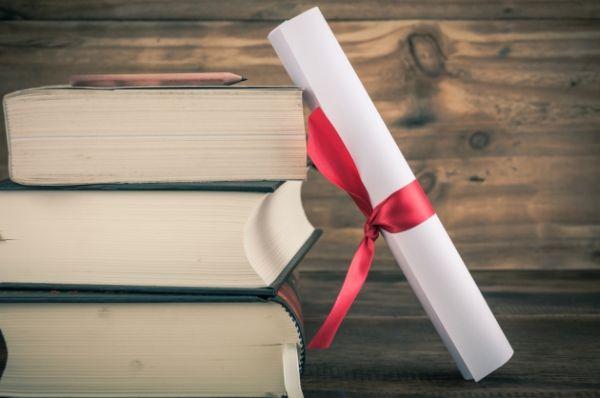 Μήνυμα της Μαρ. Χρυσοβελώνη για τους επιτυχόντες των εξετάσεων