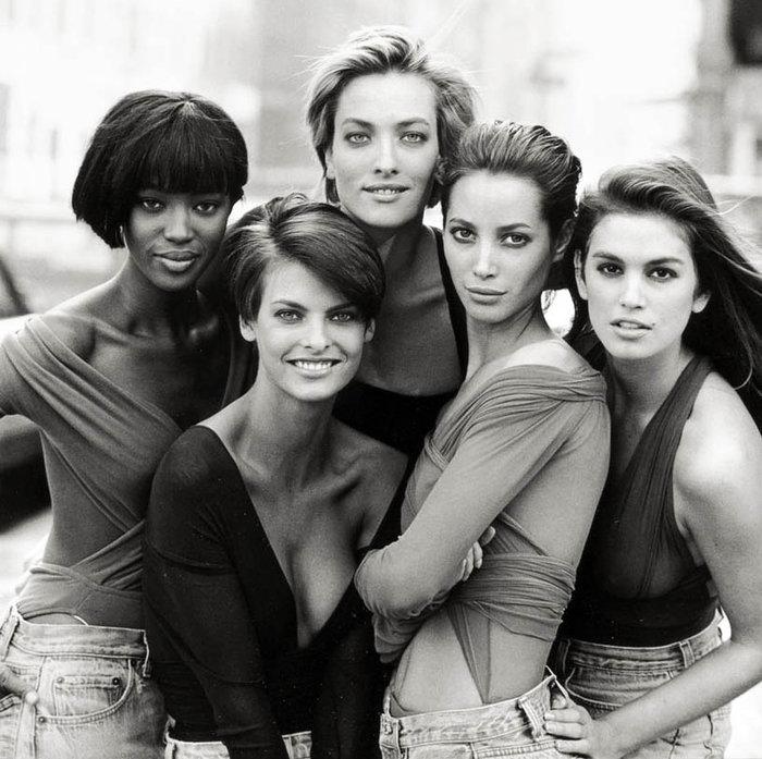 Moντέλα θρύλοι των '90s κάνουν... reunion 25 χρόνια μετά