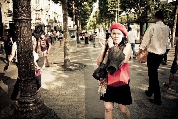 Παρίσι: τασάκια τσέπης εξαφανίζουν τα αποτσίγαρα από τους δρόμους