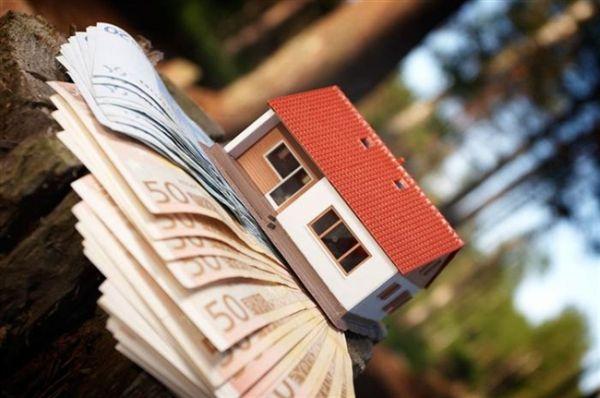 Επισπεύδεται η συζήτηση των αιτήσεων για τα υπερχρεωμένα νοικοκυριά