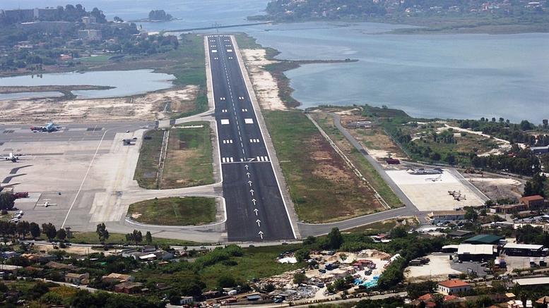 Η περιφέρεια Ιονίου θέλει δημοψήφισμα για τα αεροδρόμια