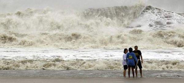Υπερκαταιγίδες θα πλήξουν τον πλανήτη τα επόμενα χρόνια