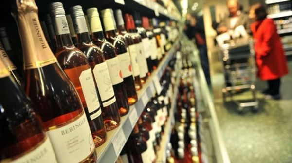 Συνελήφθησαν οι κλέφτες των ποτών από σούπερ μάρκετ