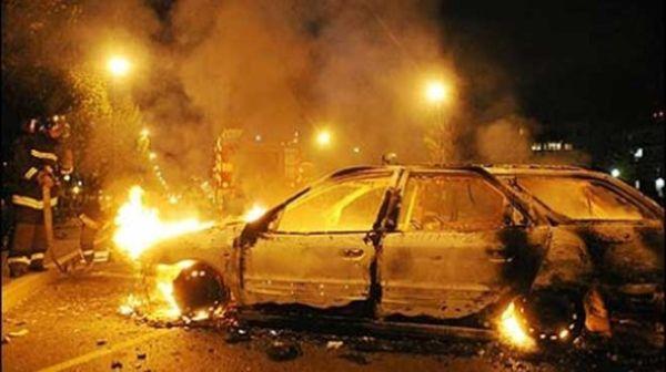 Αυτοκίνητο καρφώθηκε σε κολώνα της ΔΕΗ στην Ελασσόνα