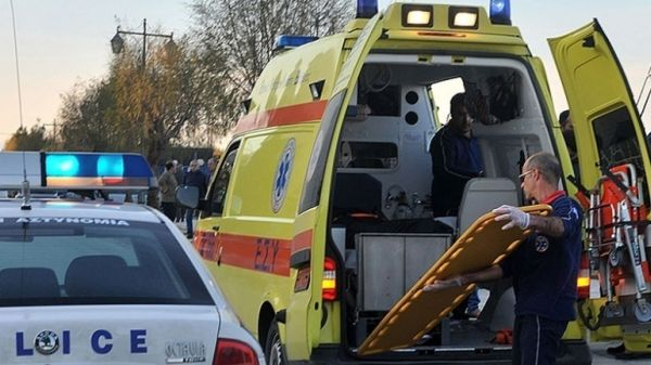 Λάρισα: Δύο τραυματίες σε τροχαίο