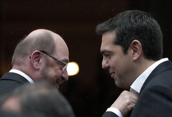 Ο Σουλτς «δεν καταλαβαίνει» γιατί ο Τσίπρας θέλει συνεργασία με τους ΑΝΕΛ