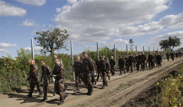 Ουγγαρία: Εγκρίθηκε η αποστολή στρατού στα σύνορα