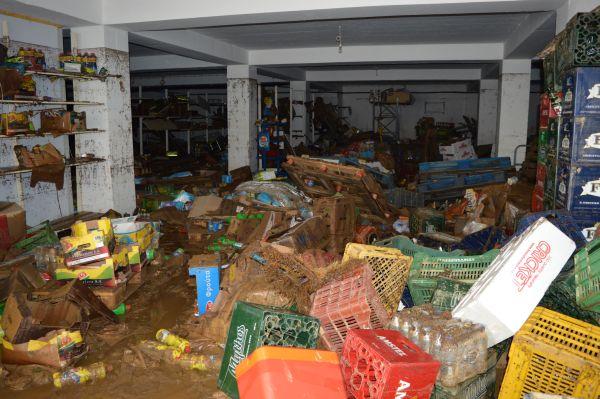 Αδειάζουν τα ράφια ~ Προβληματική η τροφοδοσία στη Σκόπελο