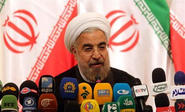 Συρία: Υπέρ της παραμονής Άσαντ στην εξουσία τάσσεται ο Ιρανός πρόεδρος