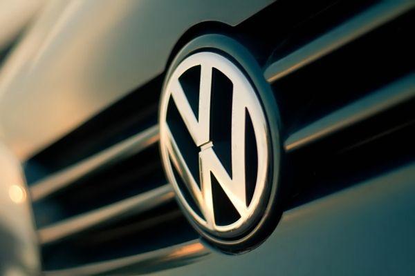 Μηνύσεις εναντίον της Volkswagen ετοιμάζει ο Δήμος Βόλου