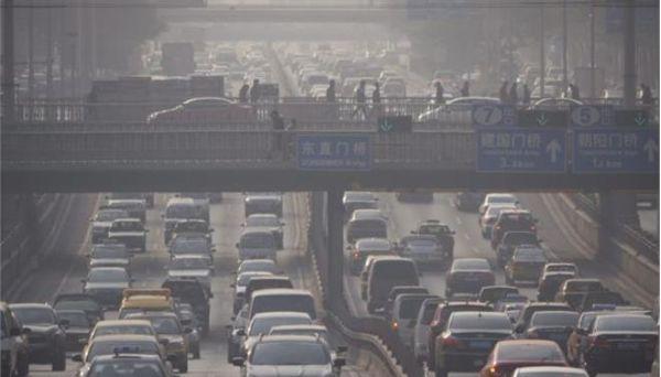 Η ρύπανση από τα αυτοκίνητα σκοτώνει όσους έχουν κάνει μεταμόσχευση πνευμόνων