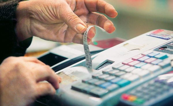 Καταστροφική η αύξηση του ΦΠΑ ~ Αναφέρουν επιχειρηματίες στη Σκιάθο