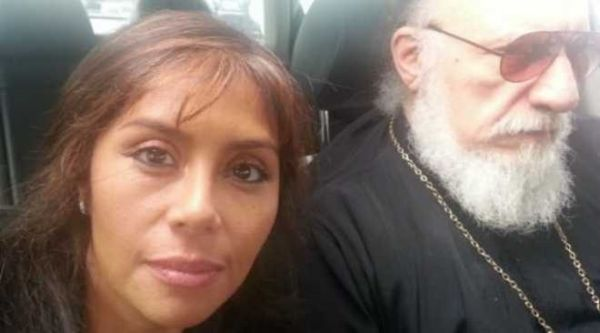 Ροζ σκάνδαλο: Έγκυος από τον πατέρα Γεώργιο η 45χρονη