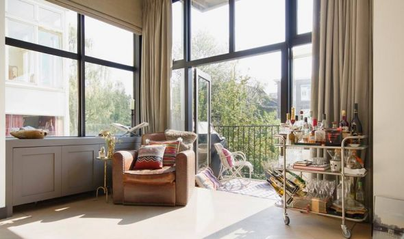 Το σπίτι των ονείρων σας είναι κάπως έτσι ; Δείτε μια υπέροχη κατοικία στο Άμστερνταμ