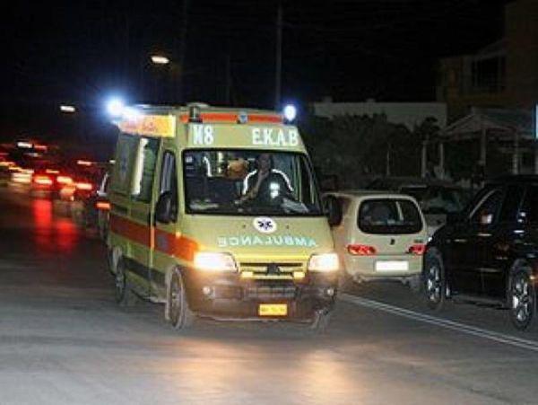 Απεγκλωβισμός τραυματία από τροχαίο στο Κέντρο της Λάρισας