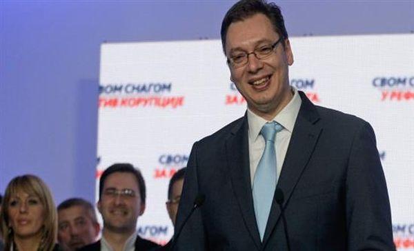 Βούτσιτς: Η Σερβία θα προμηθευτεί αμυντικά όπλα από τη Ρωσία