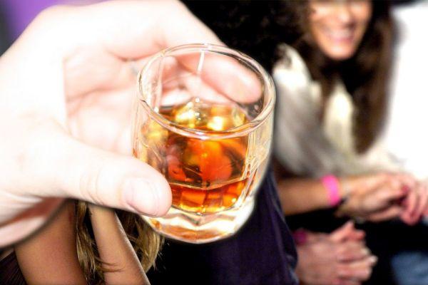 Τουρκία: Οκτώ νεκροί από την κατανάλωση νοθευμένου αλκοόλ