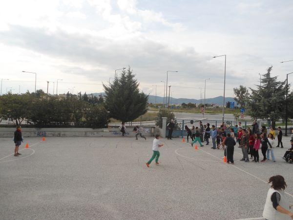 Μαθητές γιόρτασαν τη σχολική ημέρα αθλητισμού